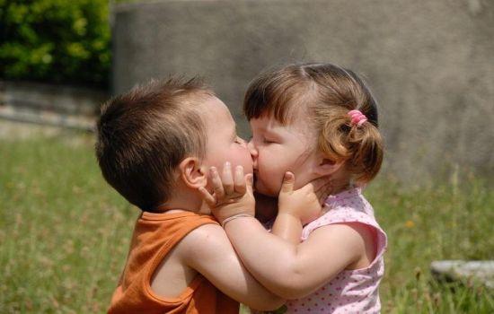Герпес на губах и во рту у ребенка лечение