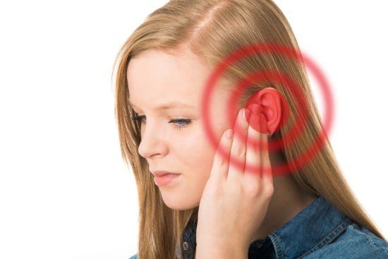 Герпес в ухе - особенности и лечение