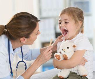 Какие признаки и чем лечить кандидоз у детей?