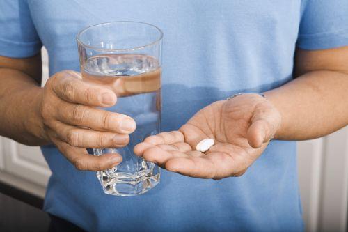 Какими препаратами лечить молочницу у мужчин