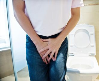 Почему у мужчин появляются частые позывы к мочеиспусканию, как с этим бороться?