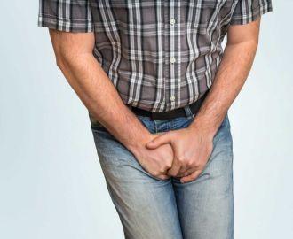 Почему у мужчин происходит подтекание мочи после мочеиспускания
