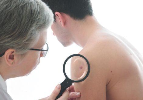 Как проявляются и лечатся сифилитические язвы?