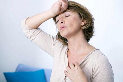 Первые симптомы менопаузы у женщин